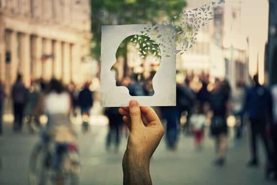 Alzheimer soins essentiels et impact aidant