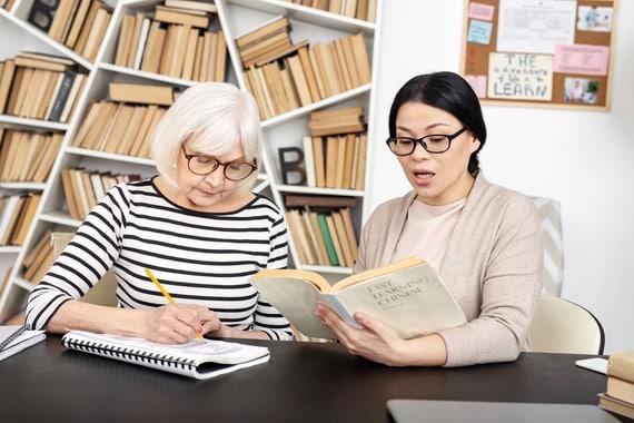 apprendre une langue à la retraite