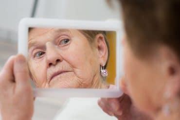 Améliorer la mémoire d'une personne âgée