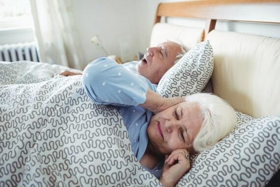 Apnée du sommeil : symptômes et solutions