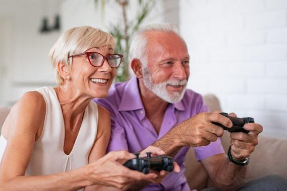 Bienfaits jeux vidéos chez les seniors