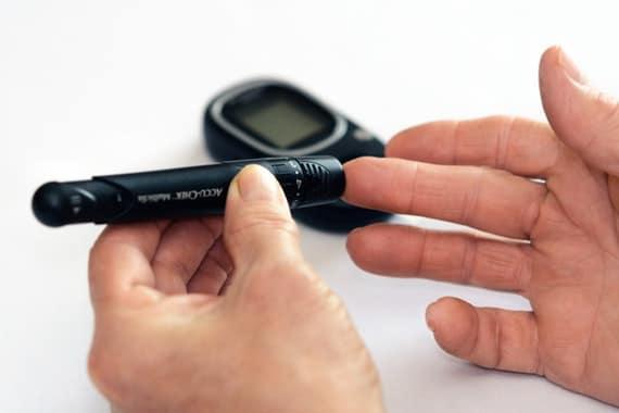 Comprendre le diabète : types, causes, symptômes et traitements