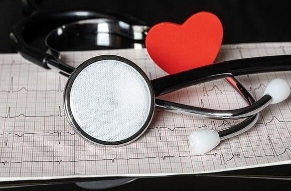 Insuffisance Cardiaque: Causes, Symptômes et Traitements