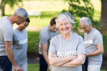 Une équipe de jeunes retraités s'est retrouvé pour effectuer du bénévolat.